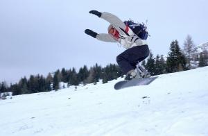 Trots att andelen snowboardåkare endast är nio procent av all utförsåkning står de för nästan en tredjedel av alla olyckor.
